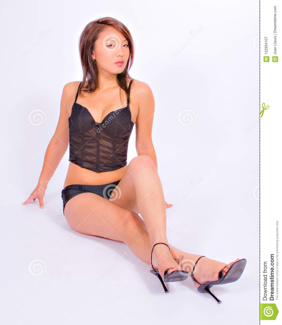 Sexy pictures of asian women in high heels